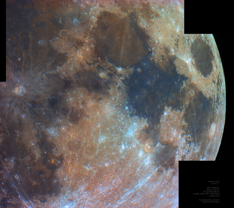 Lunar colors in near_infrared