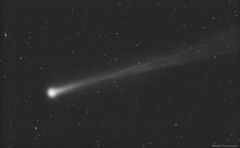 Comet ISON bw Nov 16, 2013_Max