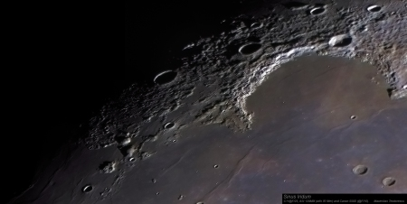 Sinus Iridum color