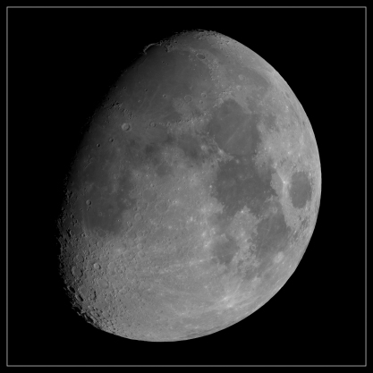 LARGE MOON MOSAIC bw