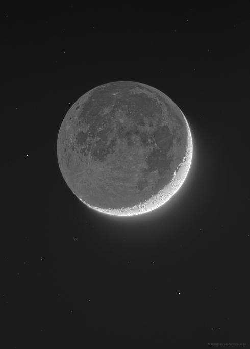 HDR moon small