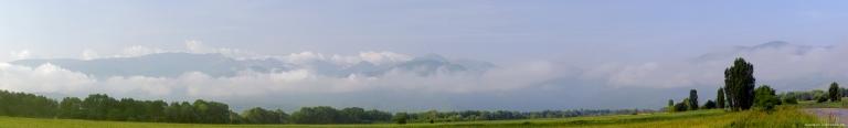 pano mountains Ret.jpg