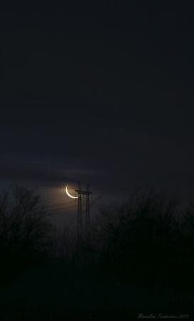 MoonSaturn1.jpg