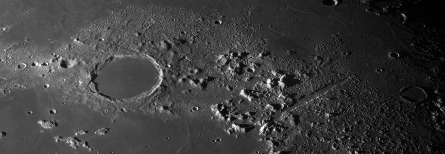 Plato and Vallis Alpes.jpg