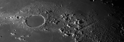 plato-and-vallis-alpes.jpg