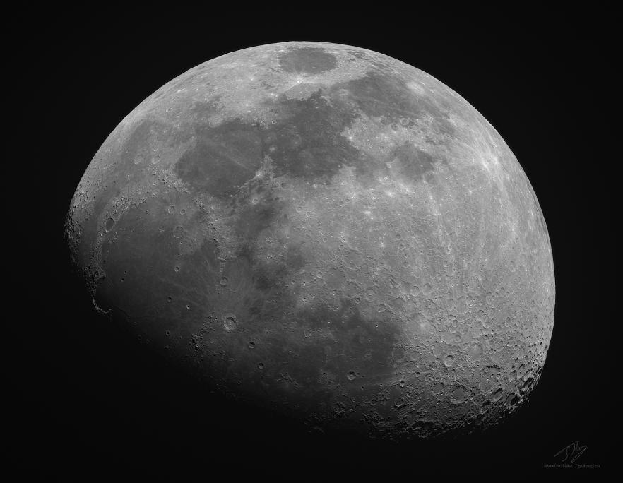 MoonApril32020.jpg